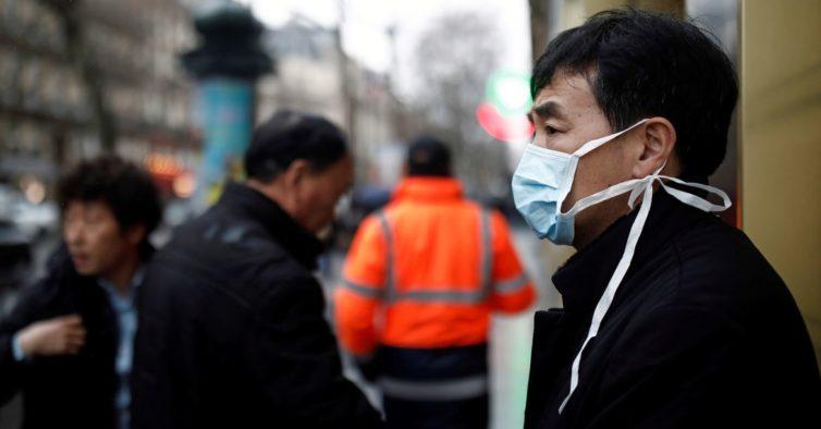 Epidemia de coronavírus chega a mais quatro países