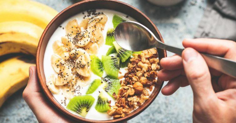 Há um truque que pode usar ao pequeno-almoço para queimar o dobro das calorias