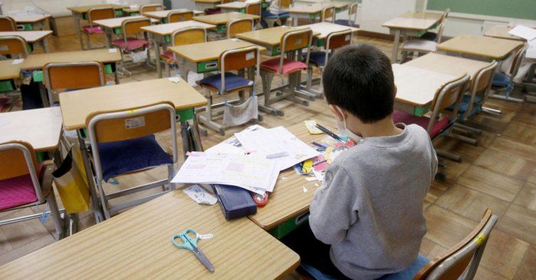 Coronavírus: decisão sobre encerramento das escolas é adiada