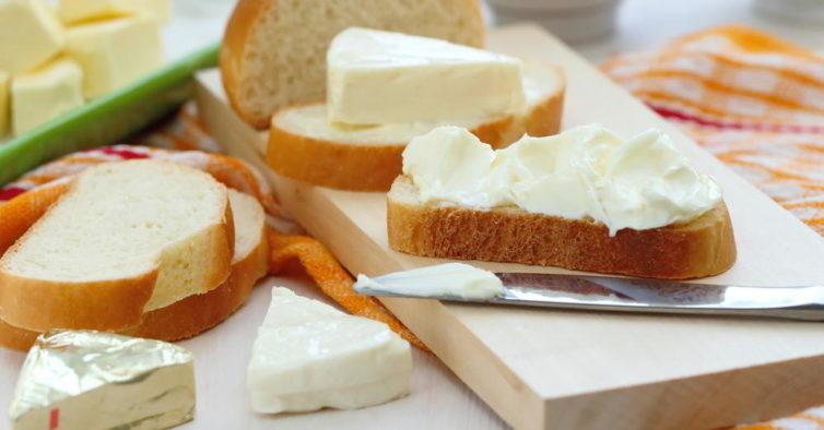 triângulos de queijinho