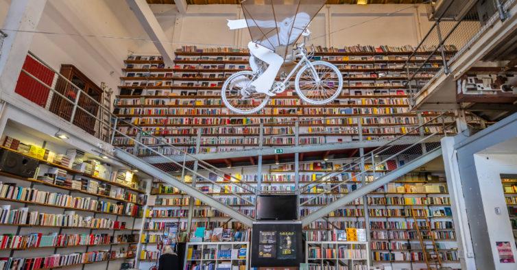 Livrarias independentes de todo o País unem-se para oferecerem portes de envio