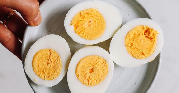 7 coisas que pode comer antes de ir dormir (sem medo de engordar)