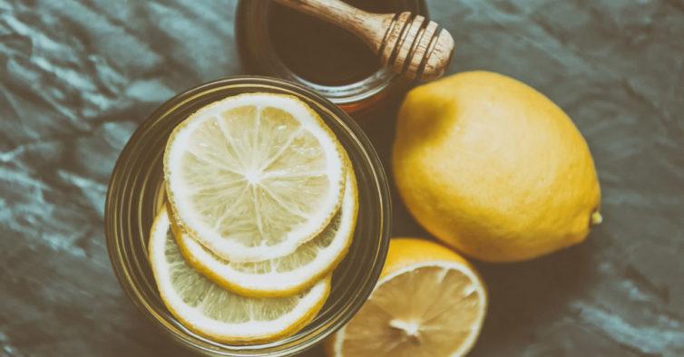 água com limão