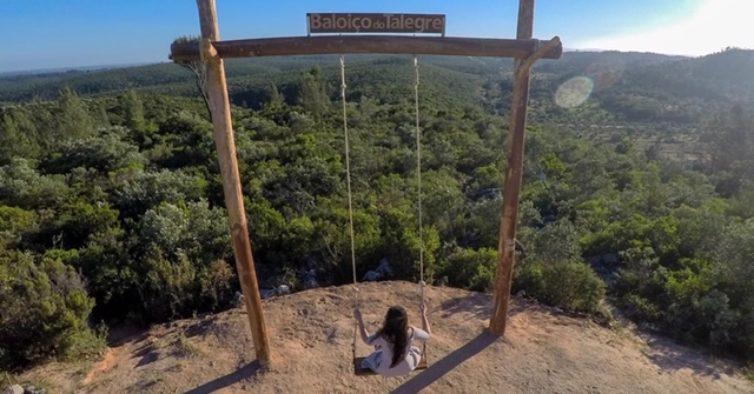 Há um novo baloiço de sonho e super instagramável em Portugal