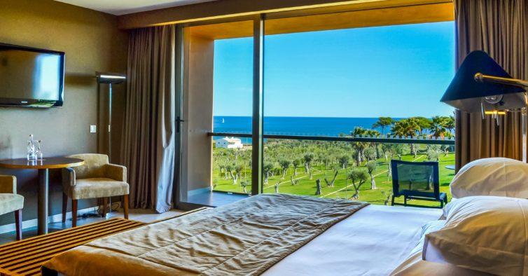 """Grupo NAU Hotels & Resorts reabre 10 unidades hoteleiras com selo """"Clean & Safe"""""""