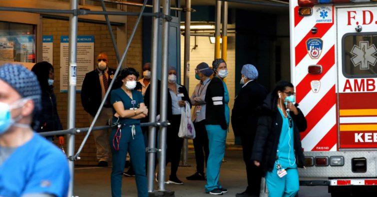 Estados Unidos ultrapassam as 100 mil mortes pelo novo coronavírus
