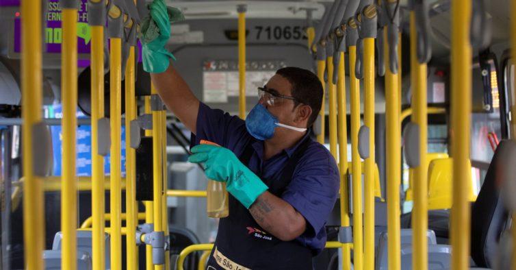 Brasil tem mais de meio milhão de infetados — e os EUA estão perto dos 2 milhões