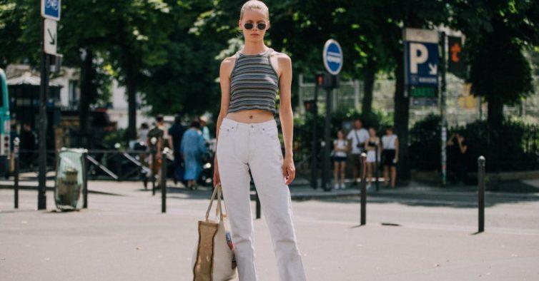 10 jeans brancos que vão marcar a tendência deste verão