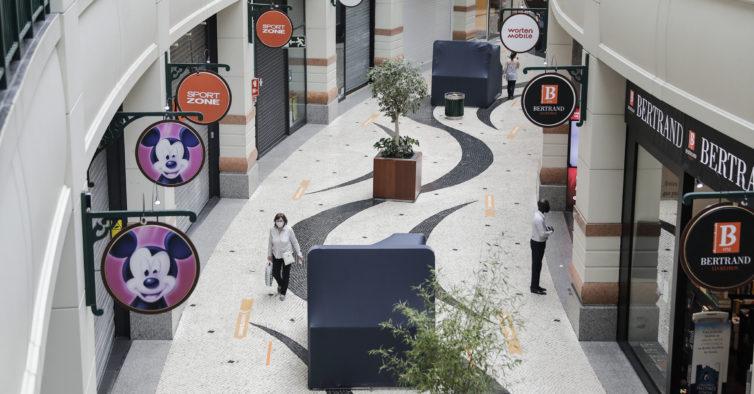 Centros comerciais de Lisboa vão ficar fechados, pelo menos, até 15 de junho