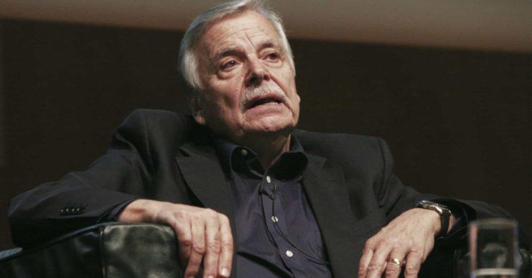 Onésimo Almeida, o professor que defendeu os emigrantes portugueses nos EUA
