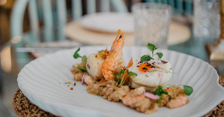 No Maré – Shrimp & Stuff pode pedir um baú surpresa com camarão e marisco