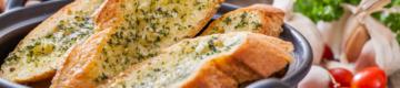 Ranking NiT: os 9 pães de alho menos calóricos à venda nos supermercados