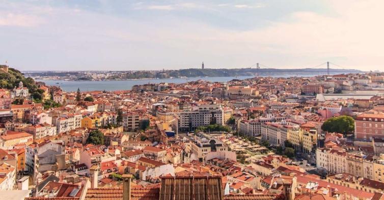 Lisboa e Vale do Tejo com o risco de transmissão por Covid-19 mais baixo do País