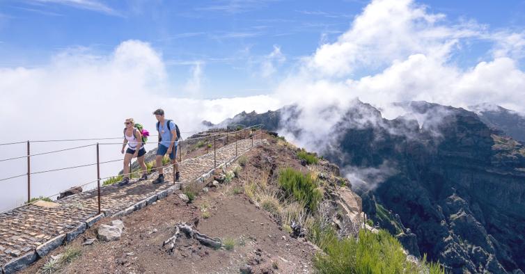 6 trilhos e caminhadas épicas para fazer em Portugal nas férias