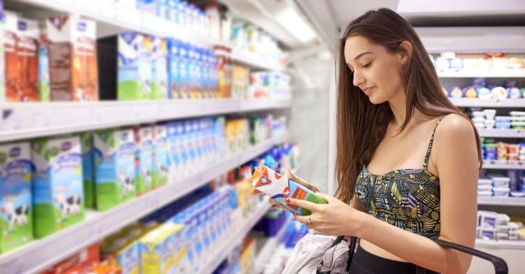 Quer emagrecer? Nunca compre alimentos com estes 5 ingredientes nos rótulos