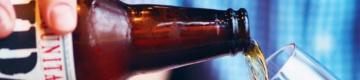 Esta quinta-feira, há cervejas grátis em vários bares do País
