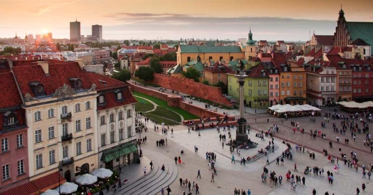 Polónia retira Portugal da lista negra e deixa de haver restrições nos voos diretos