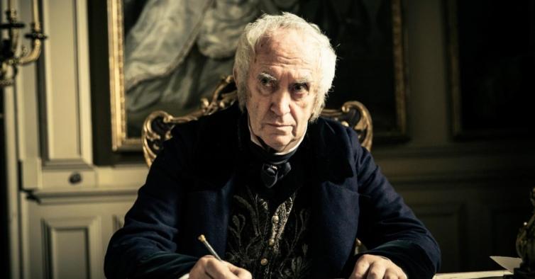 """Jonathan Pryce é o novo príncipe Philip nas próximas temporadas de """"The Crown"""""""