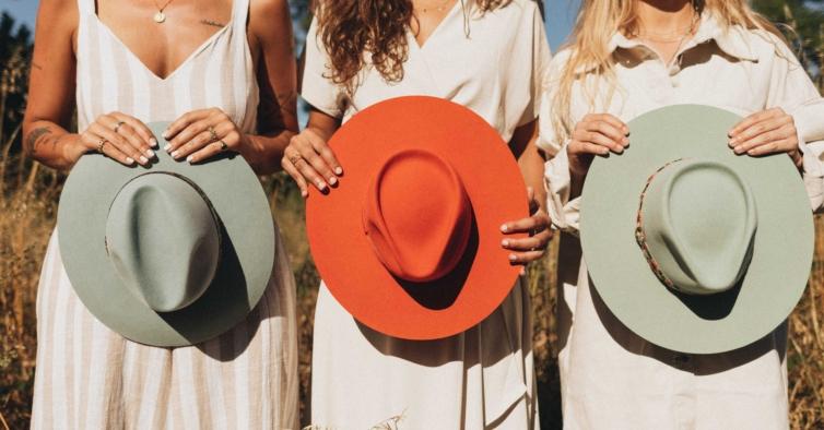 A nova marca portuguesa que criou chapéus lindos para as férias