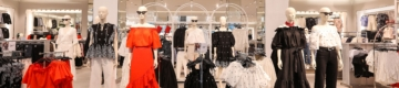 Abram alas para a nova blusa bordada da H&M — com mangas balão