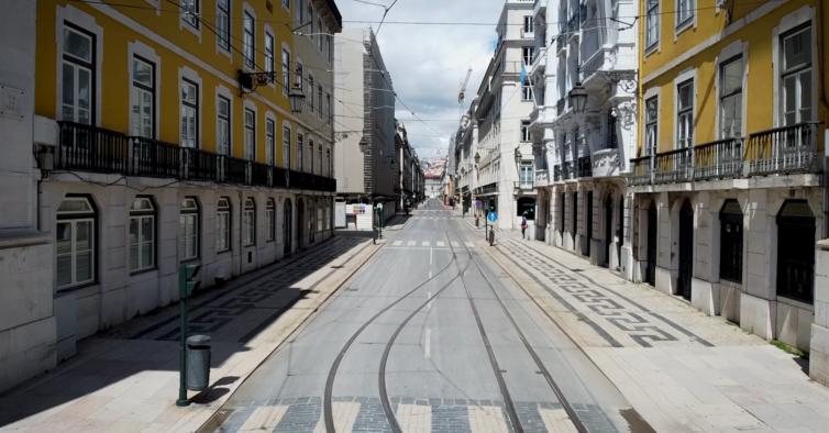 Quase metade dos portugueses defendem regresso ao confinamento