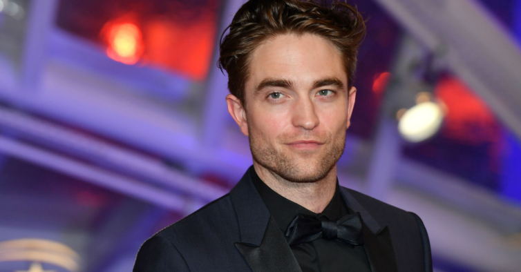 "Gravações de ""Batman"" retomam depois de Robert Pattinson testar positivo à Covid-19"