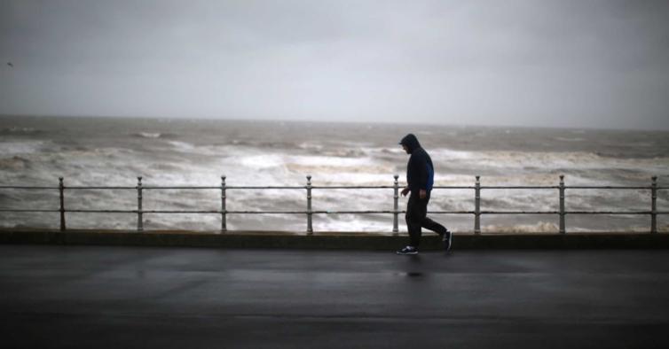 Tempestade que está a caminho de Portugal pode transformar-se em ciclone